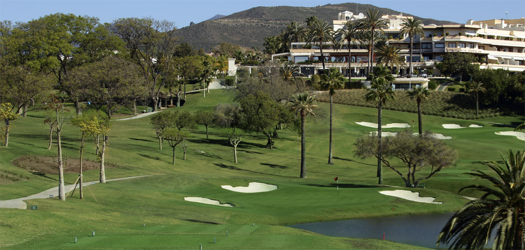 Dream Present for any Golfer – a share in Las Brisas or Aloha Golf Club..