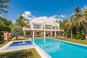 1555 - Villa Parcelas del Golf